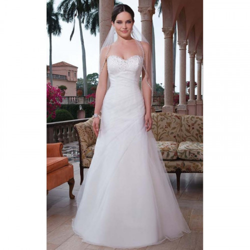 Cheap wedding dresses nz https://www.udressme.co.nz/wedding-dresses.html Coupon Code:  10udressme  on any order from Udressme.co.nz They say that the group of young people taking photos behind you are the people that really matter to you. They have probably touched your heart at one point that is why you chose them to be with you at your wedding. However, there are also some instances that the people you chose to be part of your bridal party are not even close to you. So how should you choose your bridal party? Should you just choose people because they were recommended by your family? Or should you just choose among your close friends and family? affordable wedding dresses nz